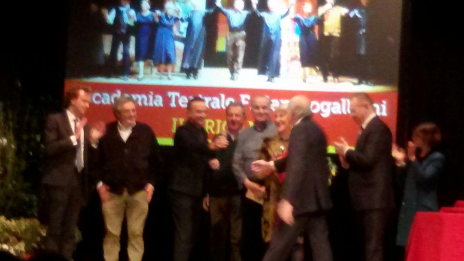 """Uno dei momenti della premiazione dell'Accademia Teatrale """"Francesco Campogalliani"""""""
